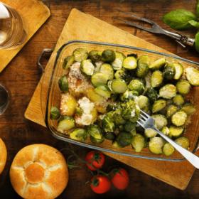 Πατάτες στον φούρνο με λαχανάκια Βρυξελλών