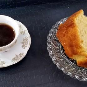 Κέικ μαστίχας με γεύση από τσουρέκι