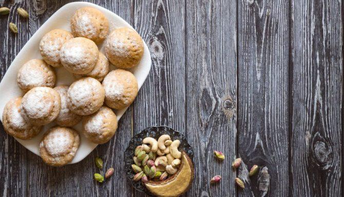 Συνταγή για ισλί -Το παραδοσιακό γλυκό που μοιάζει με γεμιστό μελομακάρονο