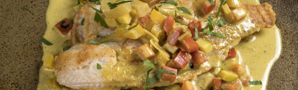 Φιλέτο γλώσσα με κάρι και λαχανικά