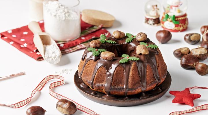 Χριστουγεννιάτικο κέικ κάστανο
